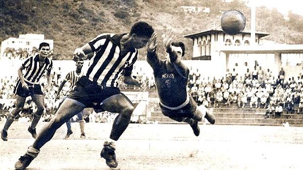 Quarentinha na partida do Botafogo (Foto: BFR)