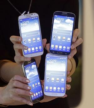 3f3b99426c7 G1 - Smartphone Galaxy S4