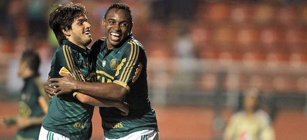 Tiago Real e Obina, Palmeiras x Millonarios (Foto: Sergio Neves / Agência Estado)