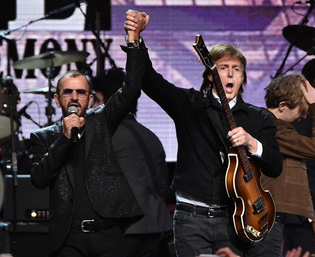 Ringo Starr e Paul McCartney (Foto: Mike Coppola/Getty Images)