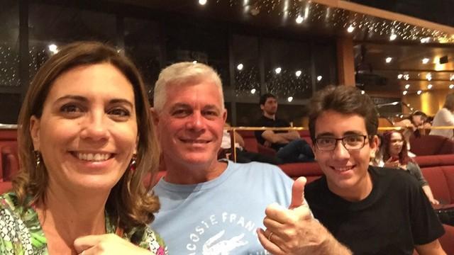 Rosana Valle ao lado do marido e filho (Foto: Arquivo Pessoal)