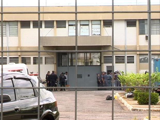 Segundo dados da SAP, Penitenciária de Junqueirópolis lidera tentativas de fuga no Oeste Paulista (Foto: Reprodução/TV Fronteira)