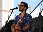 Cantor Meno apresenta show do seu terceiro álbum em Mogi das Cruzes