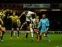 Tottenham vence com gol em Gomes de letra por baixo das pernas aos 45