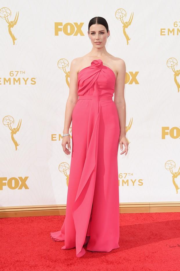 Jessica Pare no Emmy Awards (Foto: Getty Images)