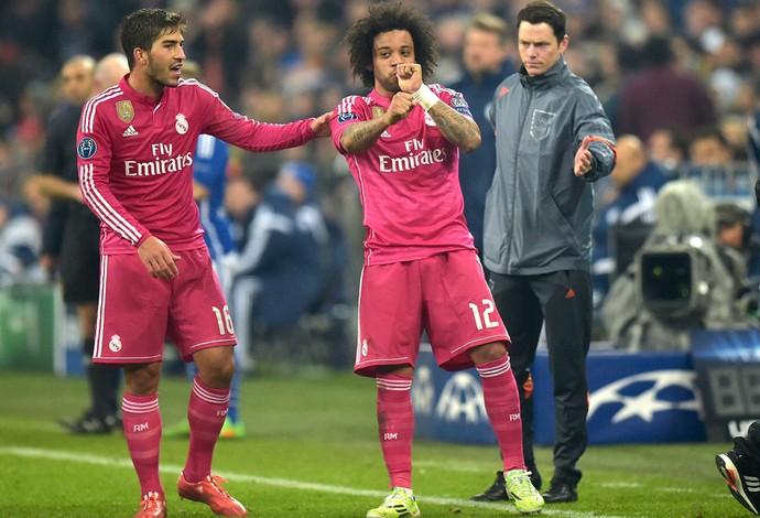 Marcelo comemora gol do Real Madrid contra o schalke 04 (Foto: Agência AP )