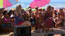 Tati Portella e Sander Fróis foram atrações do 'Mistura' na praia  (Reprodução/RBS TV)