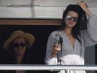 Kendall Jenner e Harry Styles passeiam de iate juntos em viagem