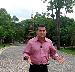 Marcos Teixeira comdanda o Clube Rural todos os domingos logo após a Santa Missa (Foto: TV Clube)