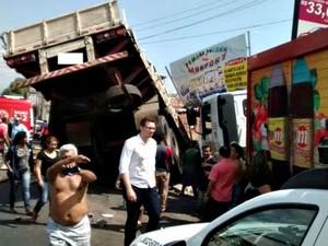 Acidente não deixou feridos (Foto: Manaustrans/Divulgação)