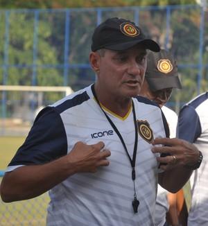 PC Gusmão, técnico do Madureira (Foto: André Soares/Madureira EC)