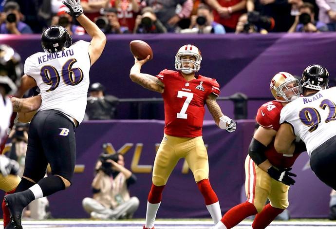 Colin Kaepernick 49ers São Francisco Super Bowl NFL (Foto: Reuters)