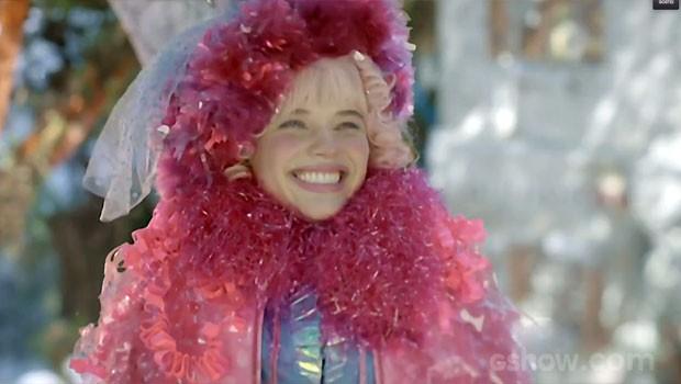 Juliana feliz da vida... A gente entende! (Foto: Meu Pedacinho de Chão/TV Globo)