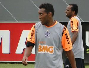 Claudinei treino Atlético-MG (Foto: Fernando Martins Y Miguel)