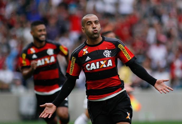Emerson Sheik, Fluminense x Flamengo Maracanã Campeonato Brasileiro 2015 (Foto: LUCIANO BELFORD/FRAME/ESTADÃO CONTEÚDO)