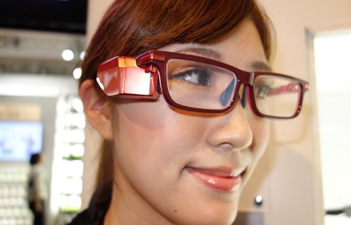 e07536b41eeed Toshiba prepara óculos inteligentes para concorrer com Google Glass (Foto   Reprodução Geeky Gadgets