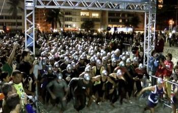 Largada do Short IronMoon em Copacabana. Fotos de divulgação (Foto: Arquivo)