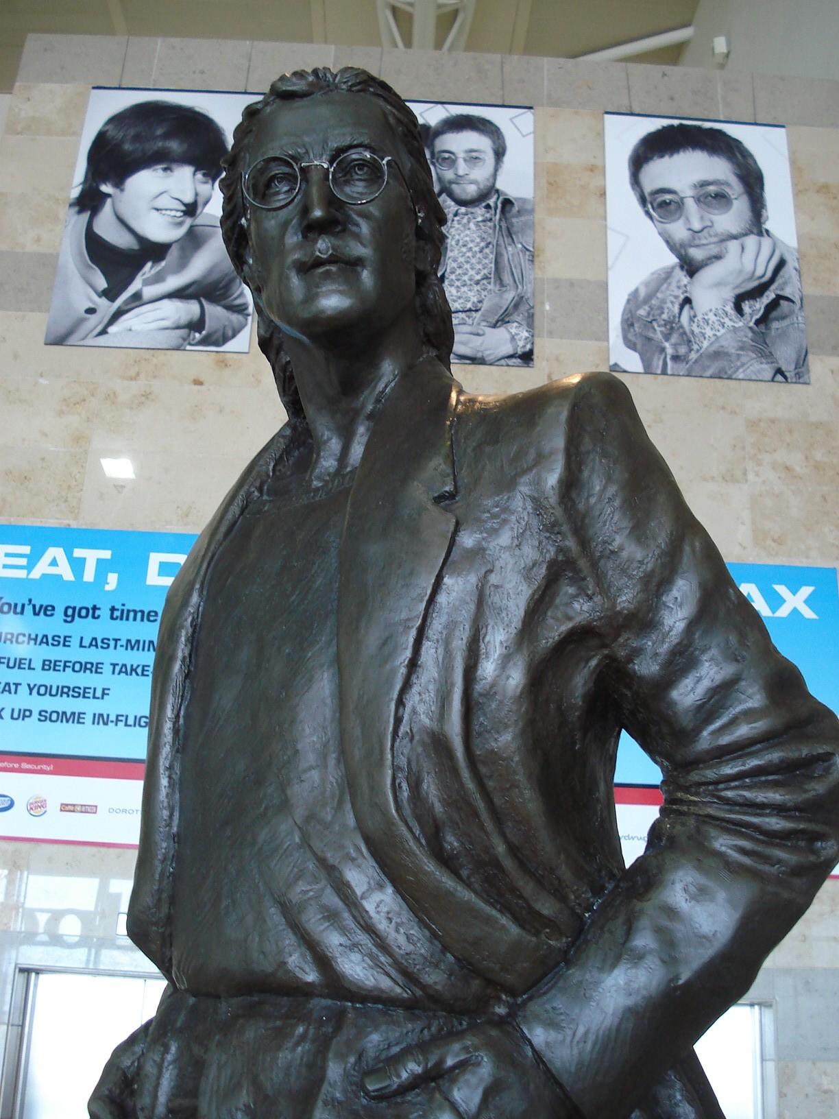 John Lennon em Liverpool (Foto: Flickr/Wandering Aengus)
