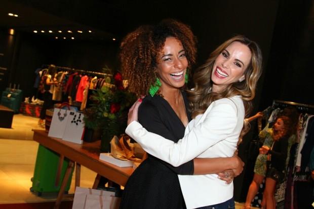 Alinne Prado e Ana Furtado  (Foto: Anderson Borde/AgNews)
