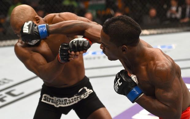 UFC Fight Night: Howard v Larkin (Foto: Jeff Bottari/Zuffa LLC UFC)