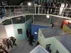 Ocupação da Câmara do Rio não é 'melhor forma de dialogar', diz Cabral