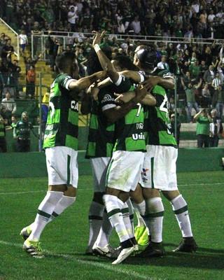 Chapecoense gol apresenta (Foto: Giba Pace Thomaz/Chapecoense)