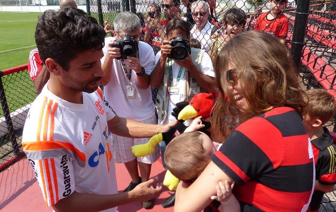 torcida treino Flamengo (Foto: Cahê Mota)