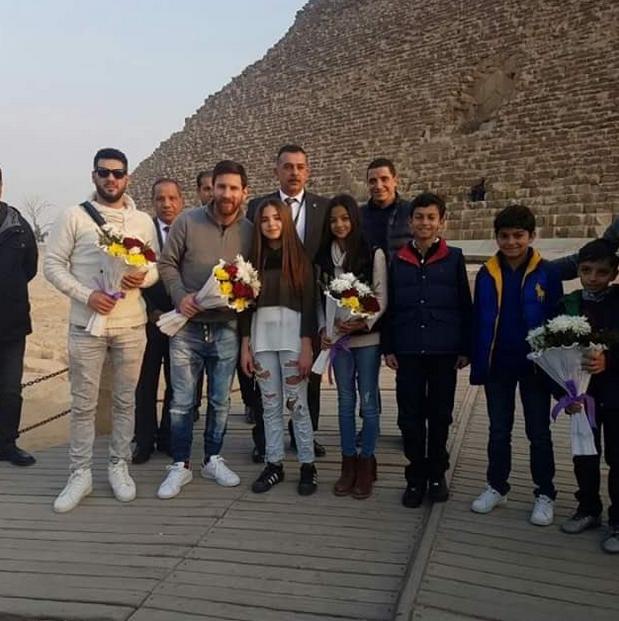BLOG: Folga do Barça: Neymar faz compras em Londres, e Messi viaja ao Egito