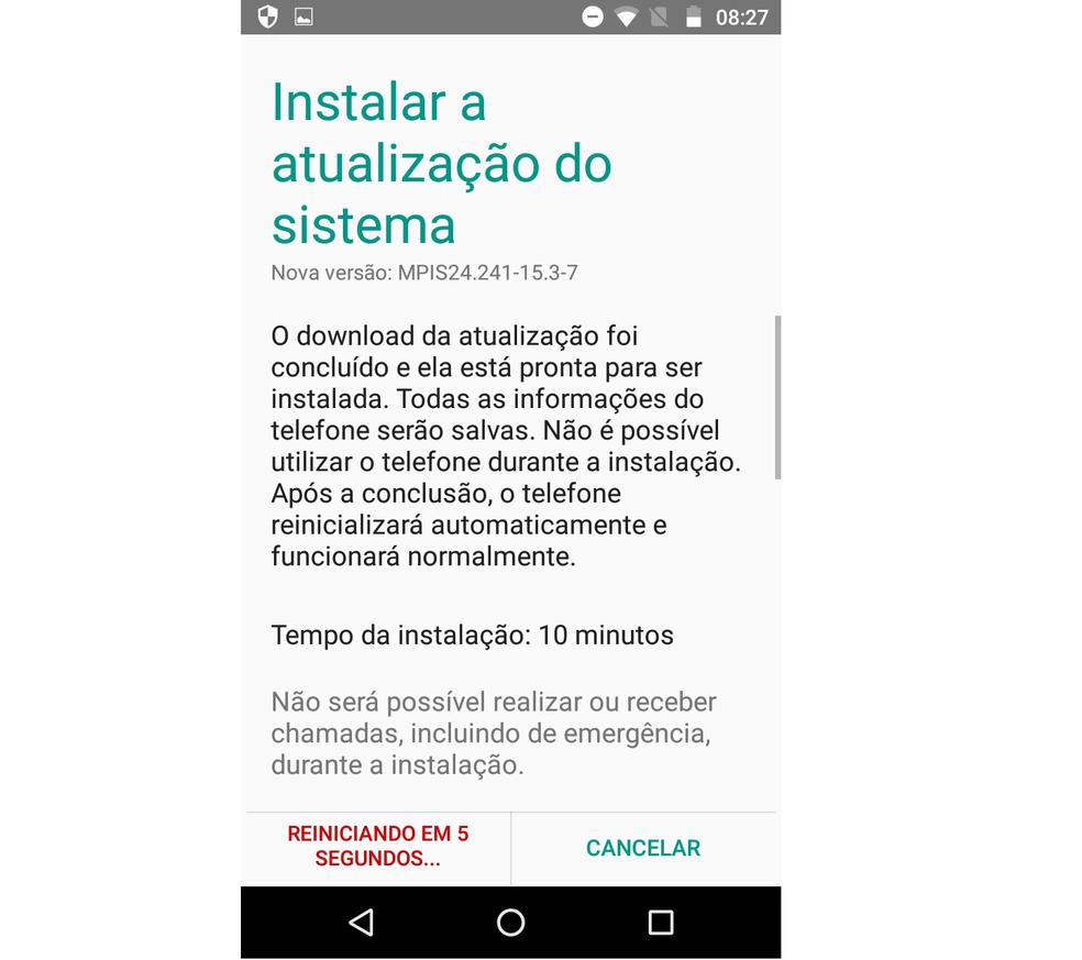 Aguarde o início da atualização do Android do Moto G4 Play (Foto: Reprodução/Lucas Mendes)