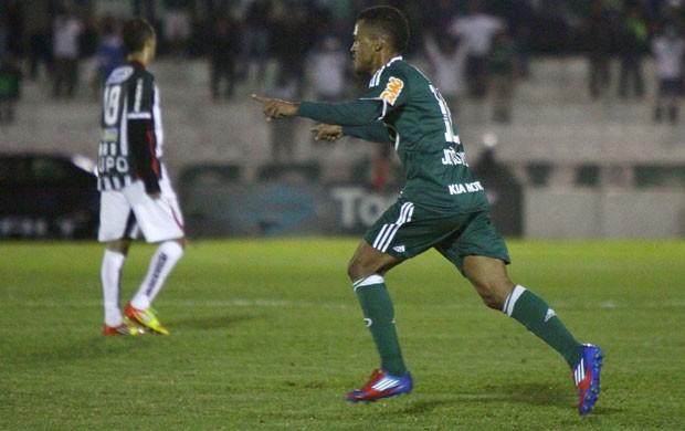 João Vitor gol Palmeiras (Foto: Marcos Bezerra / Futura Press)