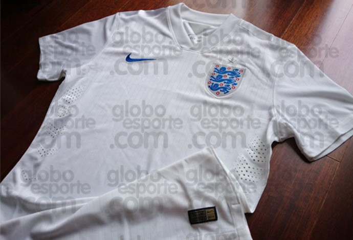 Leaked! Englands Nike home shirt for the 2014 World Cup [Picture]