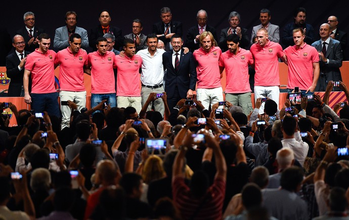 Barcelona apresenta novos jogadores (Foto: Getty Images)