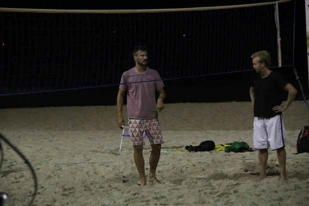Rodrigo Hilbert Joga vôlei na praia do Leblon RJ (Foto: Rodrigo dos Anjos / AgNews)