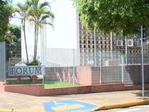 Fórum de Presidente Epitácio (Foto: Reprodução/TV Fronteira)