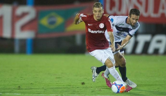 D'Alessandro no jogo contra o São José (Foto: Alexandre Lops/Divulgação, Inter)