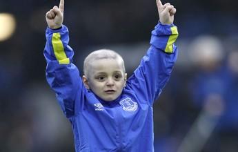 Everton faz do pequeno Bradley, que está com câncer, seu mascote mirim