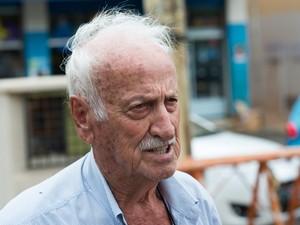 O aposentado Mauro Neal Boldrin diz acreditar na inocência de Natália Ponte (Foto: Érico Andrade/G1)
