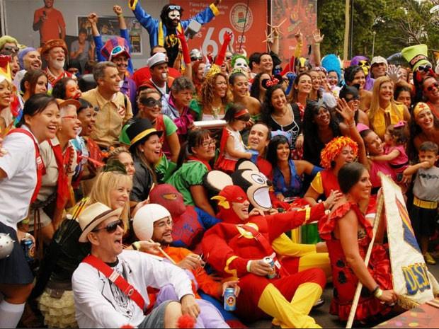 Desliga da Justiça, onde foliões se vestem de super-heróis, também fará homenagem aos 450 anos da cidade (Foto: Ana Carvalho / Desliga da Justiça)