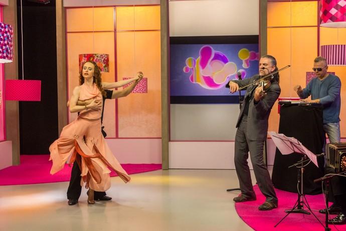 Hique Gomez tango Mistura com Rodaika  (Foto: Maicon Hinrichsen/RBS TV)