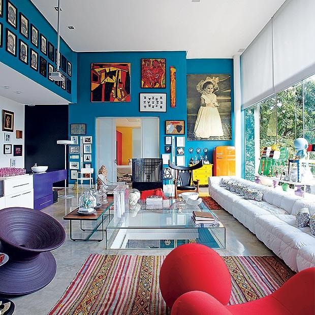Antiguidades, arte, paisagismo e muita cor  Casa e Jardim  Colorido