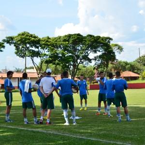 Equipe sub-20 do Palmeiras se prepara para partida contra o Piauí-PI (Foto: Angelo Tedeschi)