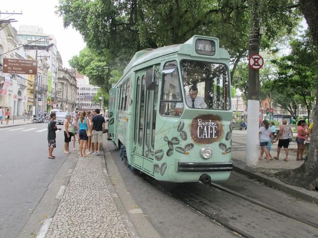 Bonde Café virou preferência entre turistas e moradores de Santos (Foto: LG Rodrigues / G1)