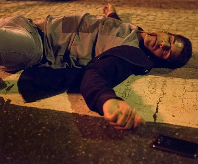 Ivan é atropelado e teme ficar paraplégico (Foto: Fábio Rocha/Gshow)