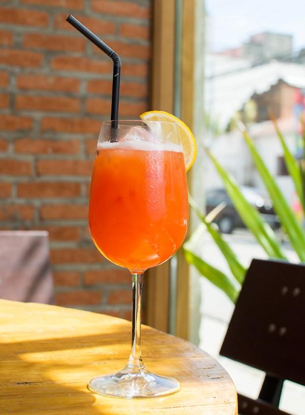Drinque de frutas com a cara do verão (Foto: Divulgação)
