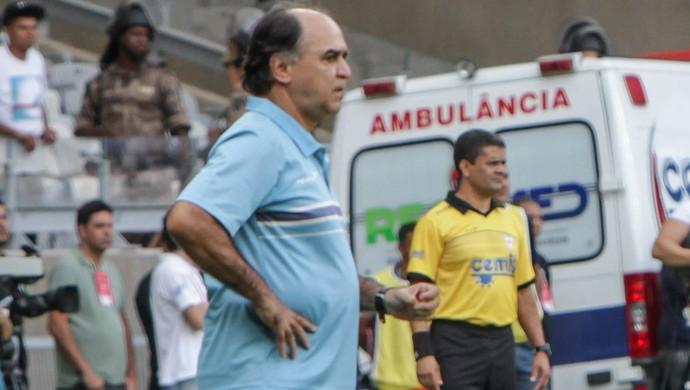 Marcelo Oliveira e Levir Culpi, no clássico entre Cruzeiro e Atlético-MG (Foto: Bruno Cantini/CAM)