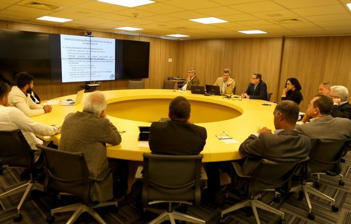 Reunião comissão arbitragem CBF (Foto: Divulgação/CBF)