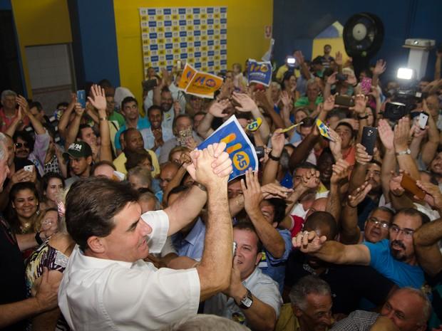Duarte Nogueira é eleito prefeito de Ribeirão Preto e comemora com eleitores em comitê (Foto: Érico Andrade/ G1)