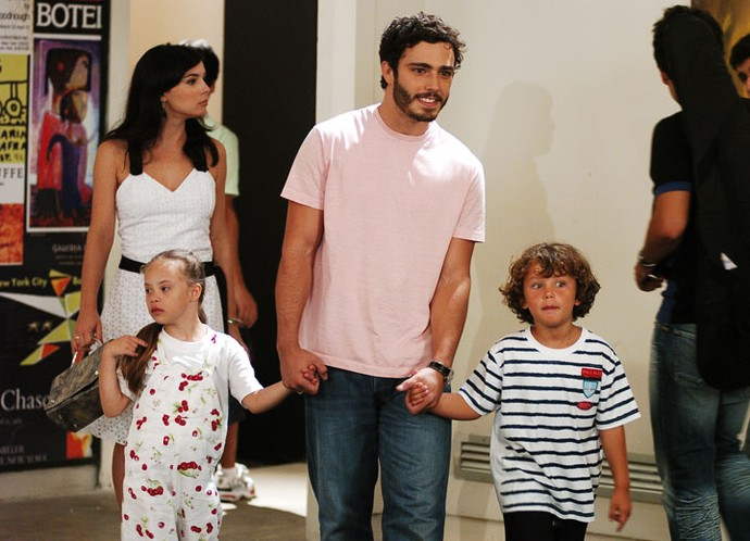 Thiago Rodrigues interpretava o pai de Francisco e Clara na trama (Foto: Tv Globo)