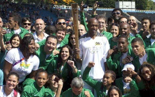 tocha olimpica 2012 delegação brasil londres 2012 olimpiadas (Foto: Washington Alves/AGIF/COB)
