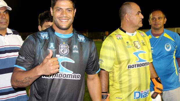 Hulk jogando no PV (Foto: Magnus Menezes / Jornal da Paraíba)